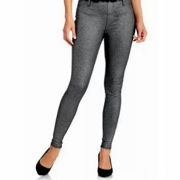 Faded Glory Pants - [Faded Glory] Silver Foil Print Pull On Jeggings